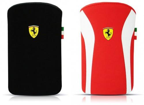ferrari pouch 500x364 Il Cavallino Rampante incontra iPhone e iPad con le nuove custodie Ferrari