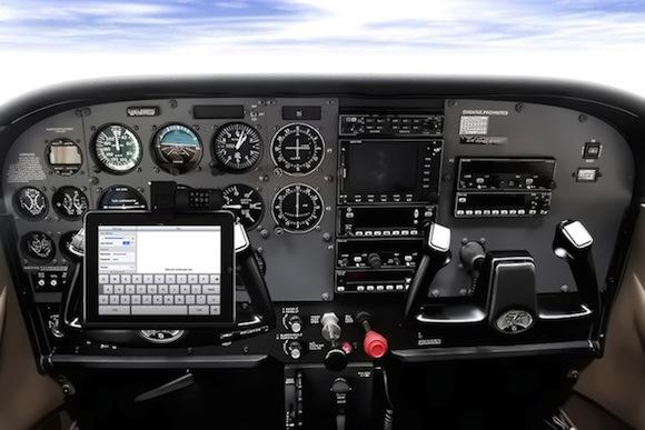 %name iPad sulle nuvole: i piloti daereo potranno usarlo per consultare le mappe