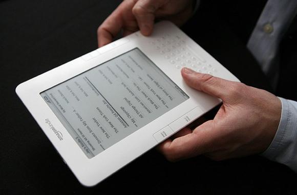 amazon kindleMAIN Amazon prepara il nuovo sfidante dell'iPad 2. Ed il Kindle gratis?