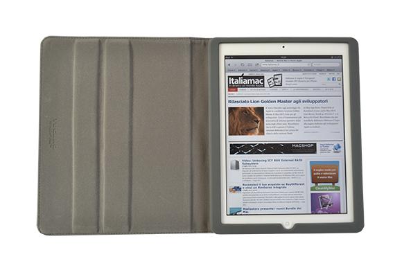 front1 Recensione: Custodia Tucano Schermo per iPad 2
