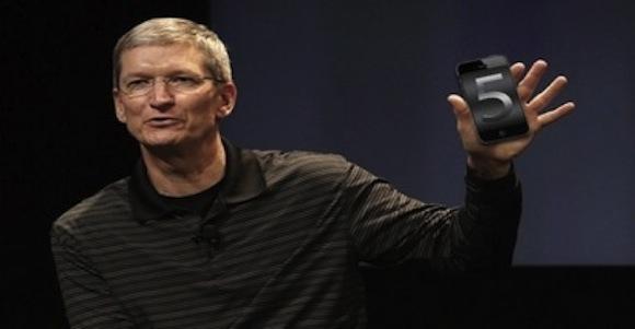 iPhone 5 414x215 Secondo gli analisti il nuovo iPhone farà superare il record personale di vendite di Apple