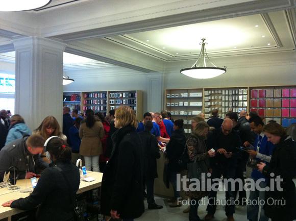 6 Linaugurazione del nuovo Apple Store ad Amsterdam, il reportage di Italiamac