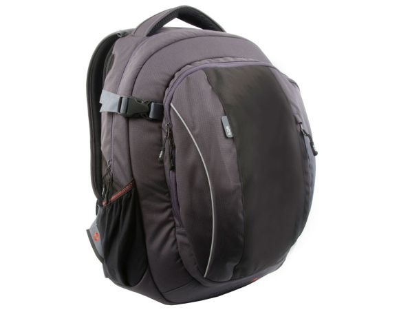 dp 3000 2 large 580x453 Revolution Small Backpack e Hood Medium Laptop Backpack, due zaini a confronto