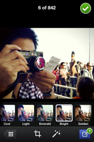 mzl.ayfvgbzf.320x480 75 Disponibile anche in Italia lapplicazione Fotocamera di Facebook