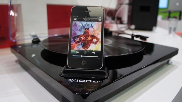 ion iLP CES 2013: Ecco le incredibili novità per i nostri amati dispositivi Apple [Parte 1]