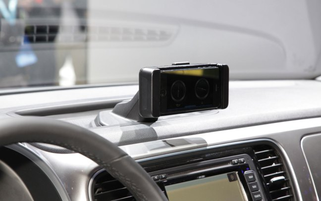 Volkswagen iBeetle iPhone Volkswagen presenta iBeetle, lauto a misura di iPhone 5