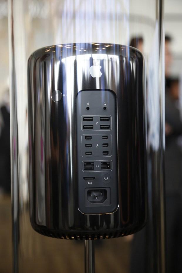 Mac Pro 620x930 Ecco il nuovo Mac Pro, disegnato in California e assemblato in USA