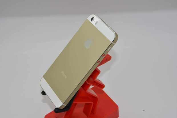 iphone 5 champagne gold 620x414 Nuovi iPhone 5C e 5S svelati da una galleria di oltre 70 immagini