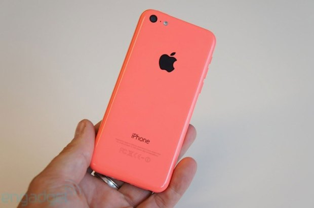 _iPhone-5c-hands-on-03