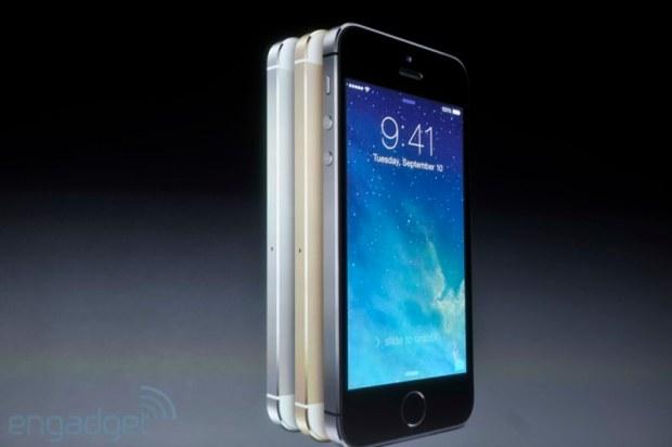 iphone2013 0144 620x412 Le prime immagini del nuovo iPhone 5s, in diretta dallevento di Cupertino di oggi