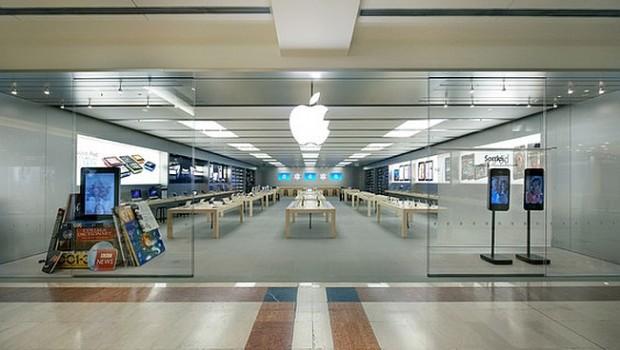 oriocenter 620x350 Ladri allApple Store allOrio Center: Rubano solo iPhone 5