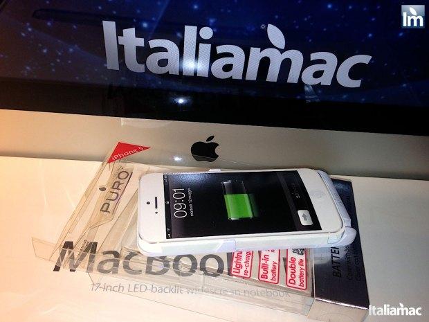 puro battery bank cover 003 620x465 Provato per voi: iPhone 5 Battery Bank Cover, la batteria di riserva a forma di cover di Puro