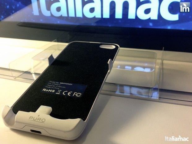 puro battery bank cover 012 620x465 Provato per voi: iPhone 5 Battery Bank Cover, la batteria di riserva a forma di cover di Puro