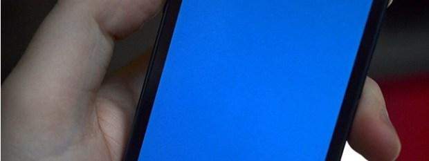 Schermata blu dell'iPhone 5s causata dal bug in questione