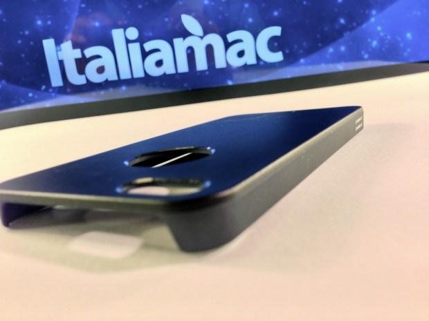 Aiino Italiamac Cover iPhone 006 620x465 Abbiamo provato le cover Aiino Steel (con parti in alluminio) e Rubber (materiale plastico)