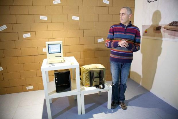 AAA 2495 620x413 All About Apple: presentata la nuova sede a Savona del museo Apple più fornito del mondo