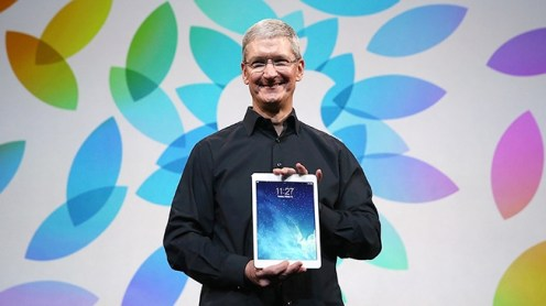 tim cook ipad 620x348 Apple: Tim Cook elogia liPad durante una conferenza
