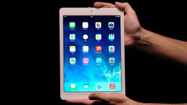 Apple launches new iPad 620x348 LiPad si conferma il top nel mercato dei tablet con ottimi risultati
