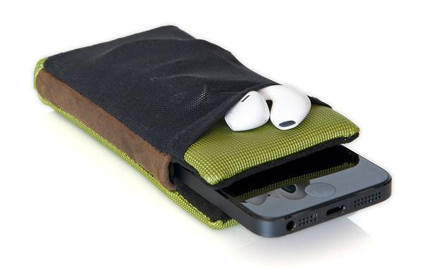 smartcase-iphone5-pocket-earpods_grande