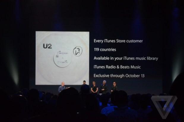 AppleEvent 1108 1 620x410 Apple e gli U2 regalano il nuovo album Songs of Innocence a oltre 500 milioni di utenti iTunes in tutto il mondo