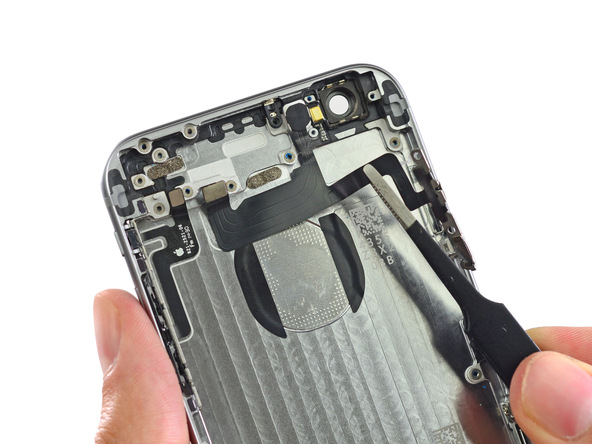 iphone34 [immagini + Video ] iFixit: iPhone 6 in tutto il suo splendore