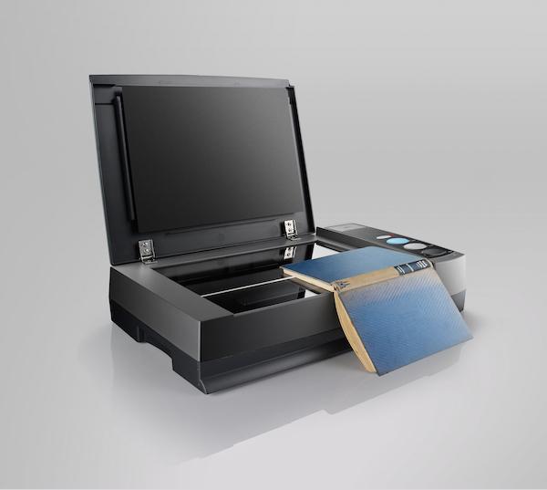 book3900 02 Plustek OpticBook 3900: Lo scanner per i libri compatibile con Mac e PC