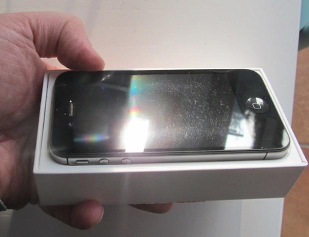 iPhone4s 620x475 State pensando di regalare un iPhone per Natale? Un'ottima soluzione sono gli iDevice Usati Garantiti di BuyDifferent