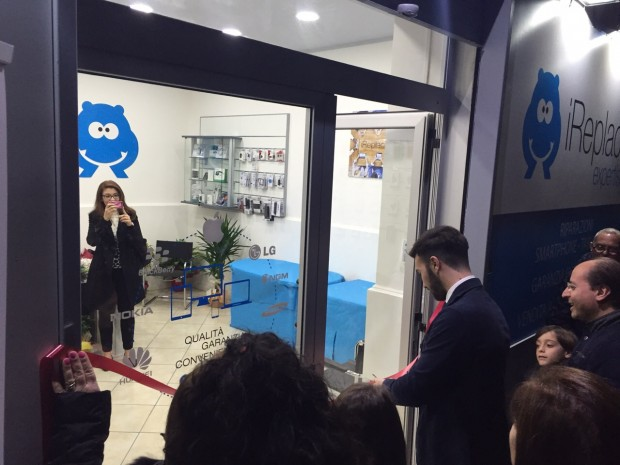 iReplace6 620x465 iReplace inaugura un nuovo store in franchising