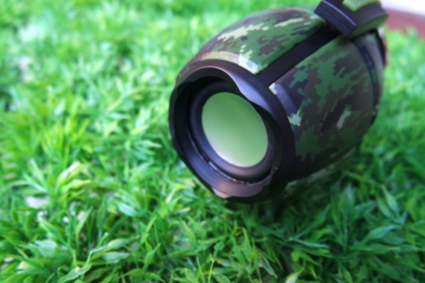 hiBomb3 620x413 hi Bomb² Bluetooth è una granata pronta a esplodere di musica!