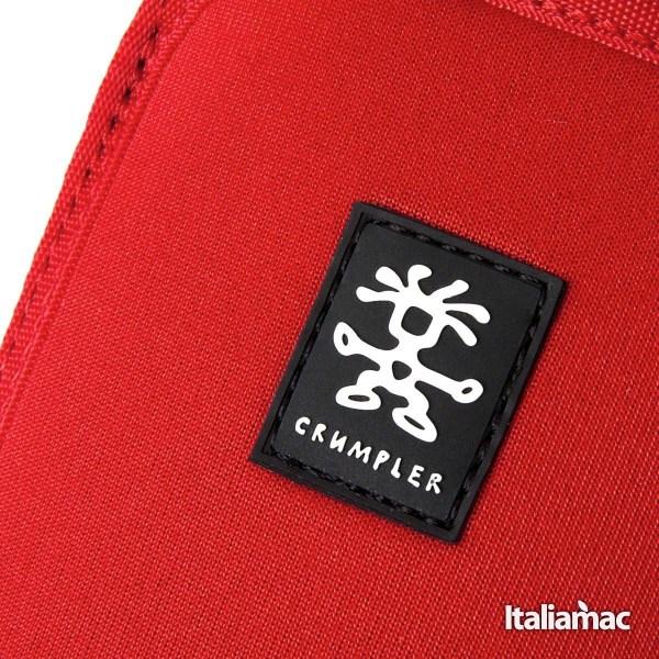 Crumpler cover neoprene rosso Crumpler Smart Condo 100, una cover a pochette per iPhone 6 Plus