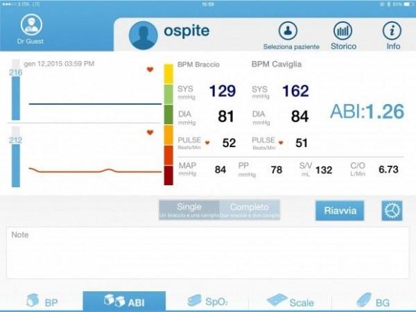 ihealth cardiolab ipad4 620x465 DoctorShop, CardioLab iHealth un sistema di monitoraggio cardiovascolare wireless