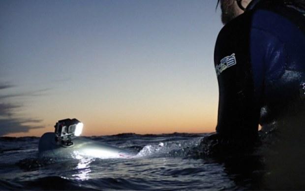 qudos luce subacquea gopro Il supporto per iPhone e la torcia impermeabile: nuovi accessori per GoPro su Gocamera