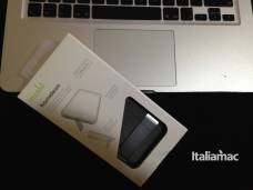 %name Kameleon, la cover per iPhone con cavalletto by Moshi