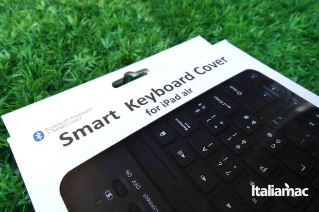 d mail keyboard221 La tastiera per iPad Air che fa anche da smart cover