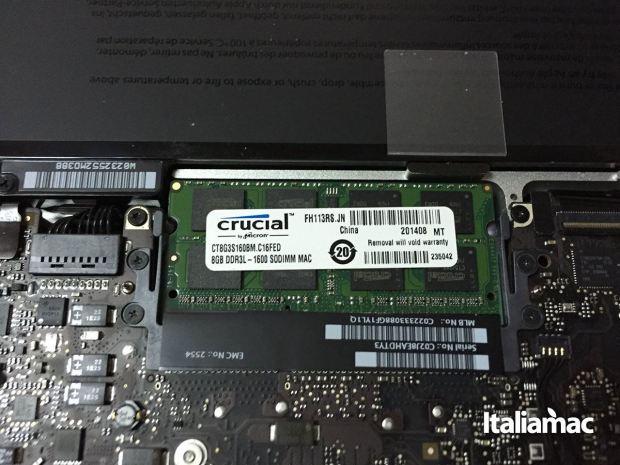 aggiungere ram macbook crucial 02 620x465 Italiamac ha installato le RAM DDR3L della Crucial su un MacBook Pro