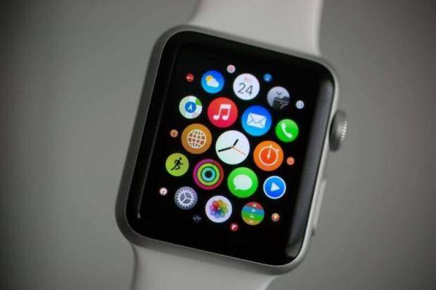 apple watch apps 780x520 620x413 Il CEO di Swatch paragona lApple Watch ad un giocattolo