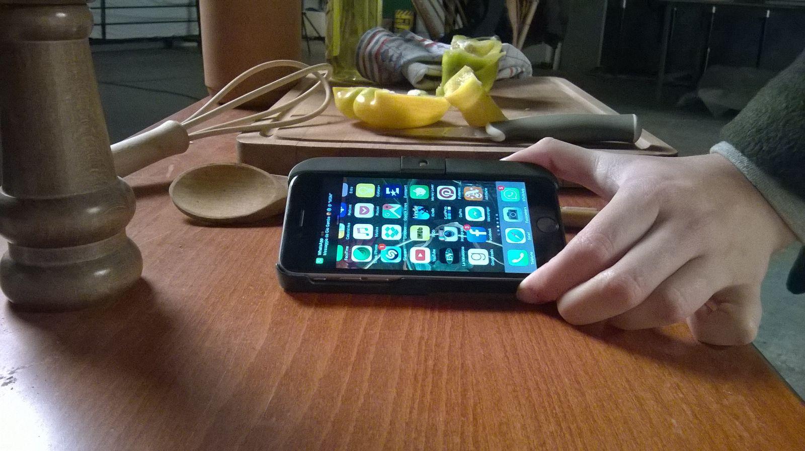 %name ViKC la tastiera laser per smartphone è realtà