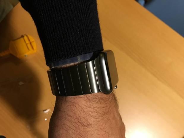 foto 05 12 15 17 41 45 620x465 ItaliaMac prova un cinturino per Apple Watch realizzato dalla HOCO: Prezzo conveniente ed Alta Qualita