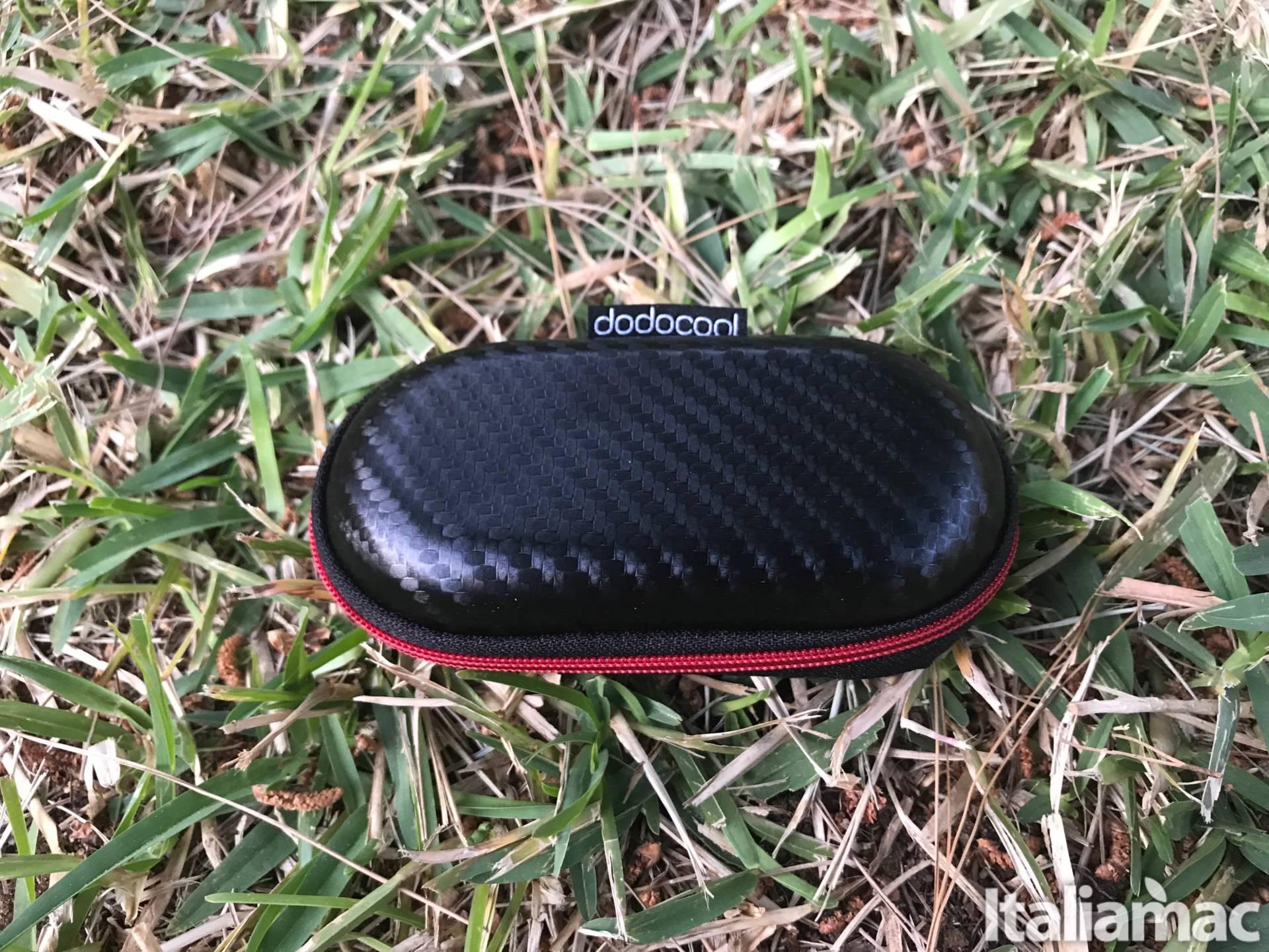 %name Gli auricolari magnetici wireless per il fitness di Dodocool