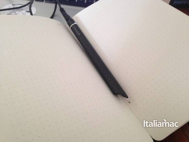 www.italiamac.it scrittura 2 0 con lo smart writing set di moleskine taccuino smart writing set moleskine 620x465 Scrittura 2.0 con lo Smart Writing Set di Moleskine