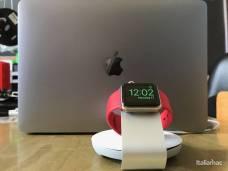 %name Travel Stand: Il raccogli cavo e stand di Moshi per Apple Watch