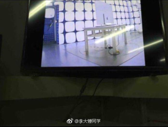 www.italiamac.it apple tv set 1j 800x604 Apparse online le foto della TV Apple con schermo OLED