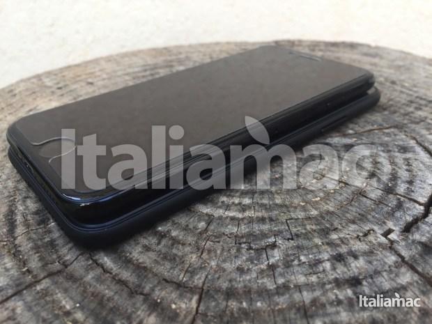 www.italiamac.it iphone 8 esclusiva anteprima iphone 8 exclusive 07 620x465 Scoop! Italiamac vi mostra iPhone 8 in anteprima! Foto e video del prototipo.