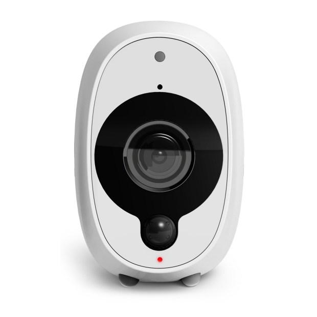 italiamac swwhd intcam front 620x620 Smart Security Camera da Swann: la telecamera senza fili che sta bene sia in casa che fuori