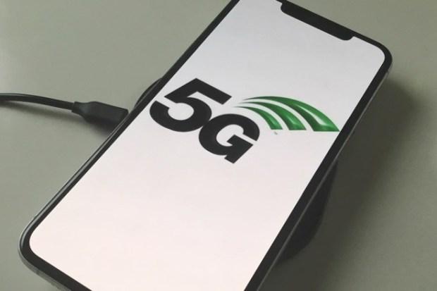 italiamac iphone 5g l 620x413 Gli smartphone con Android adotteranno il 5G entro la fine del 2019, afferma Qualcomm