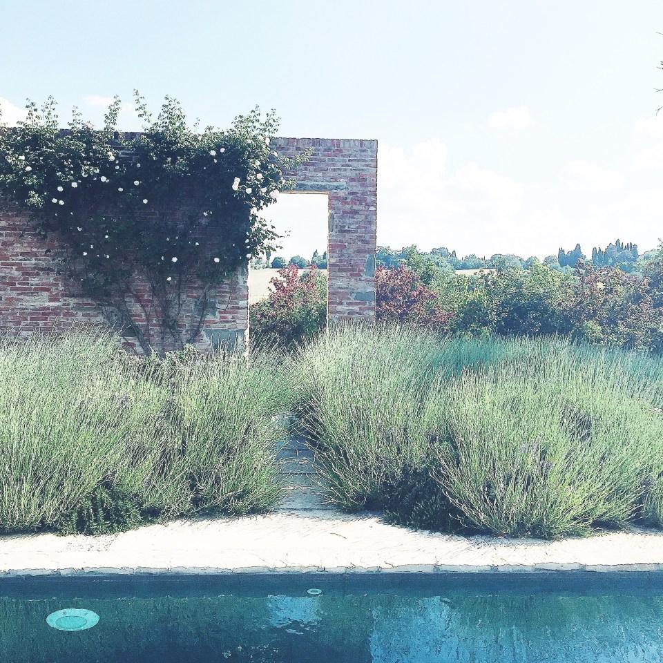 charming-holiday-villa-tuscany-italian-rustic-style