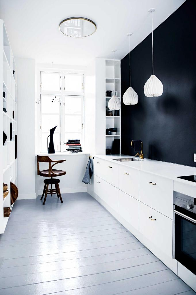 2 | black wall kitchen
