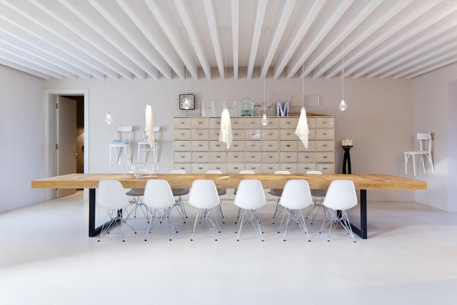 Italian interiors rustic design hotel italy countryside for Blog interior design italia