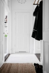 total-white-small-apartment-sweden-italianbark-interiordesignblog (25)