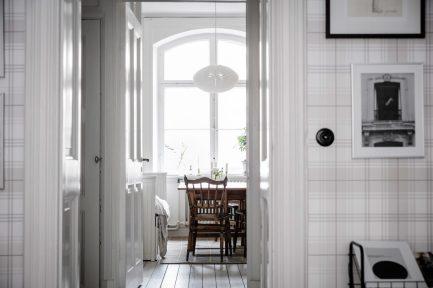 total-white-small-apartment-sweden-italianbark-interiordesignblog (3)